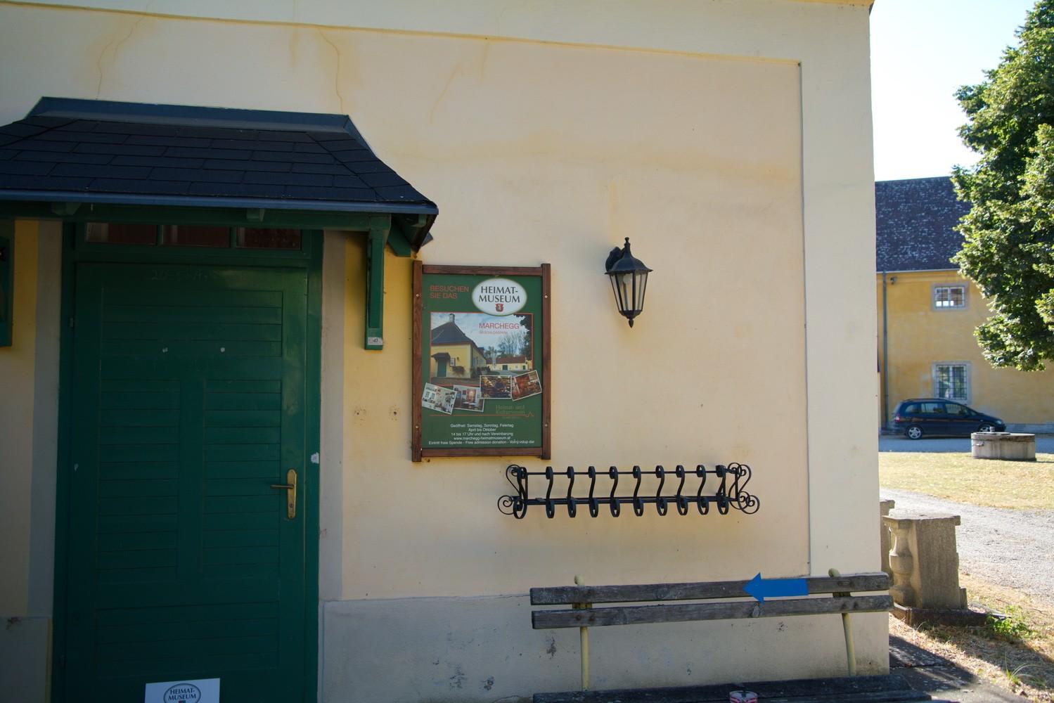 Katakombenheuriger in Schlossgarten